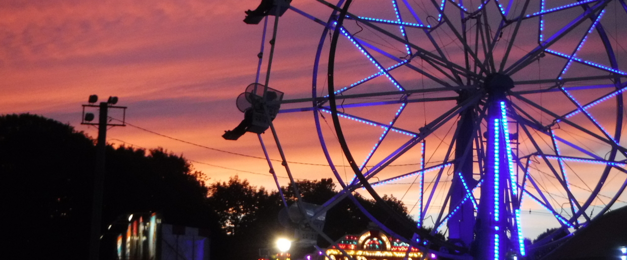 4th of July Carnival 2016The small town celebrations include a old time carnival and fireworks, a parade, races, watermelon eating and greasy pole climbing contests, is part of the rural character of my adopted hometown