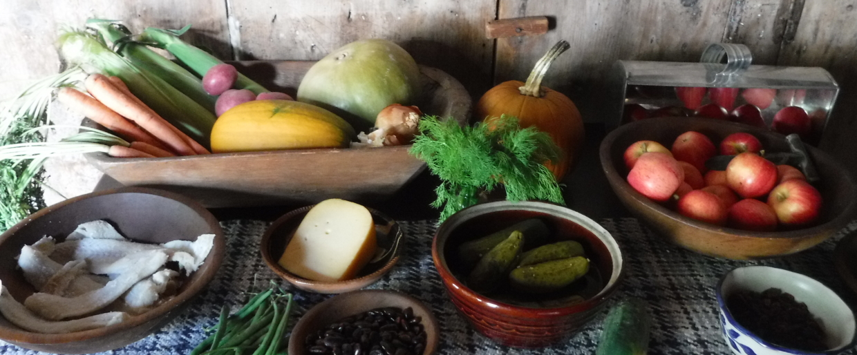 Heirloom food display for hearth cooking Duxbury, MA 2016